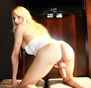 Big Cock Blonde Shemale Spreads Ass
